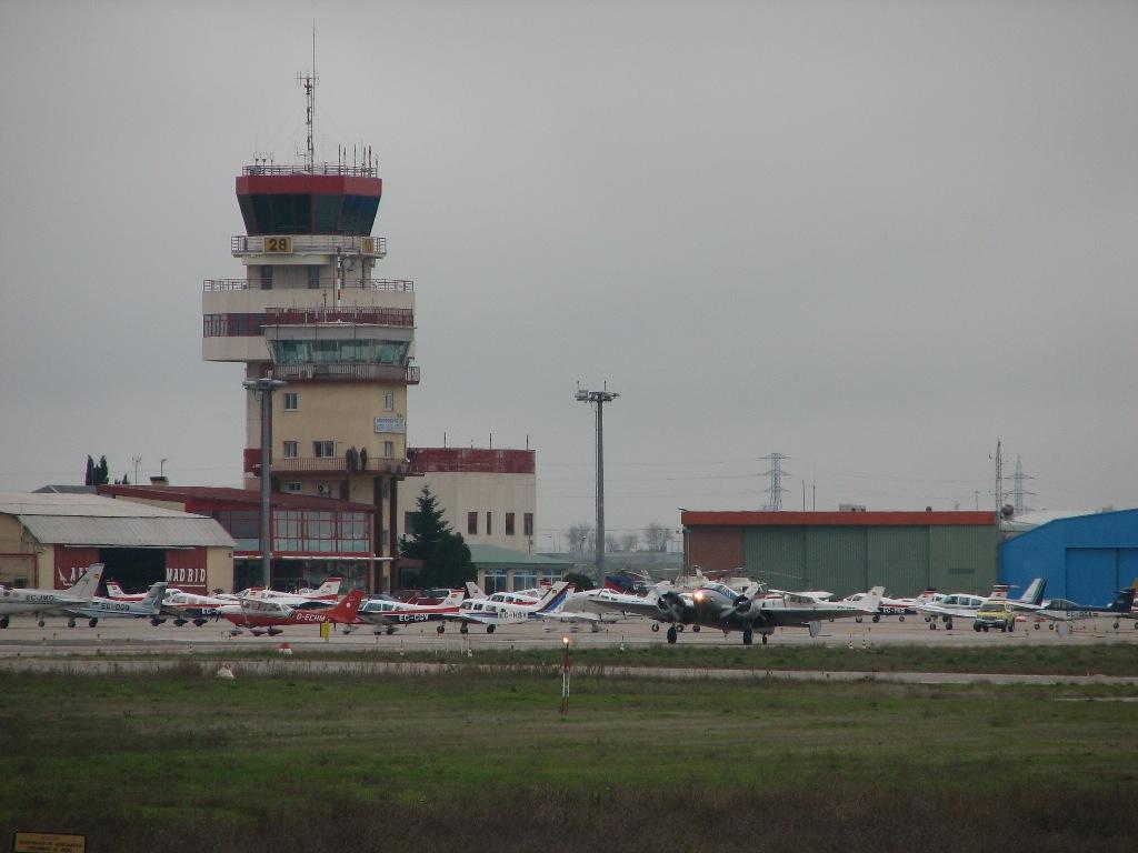 Aeropuerto-de-Madrid-Cuatro-Vientos[1]