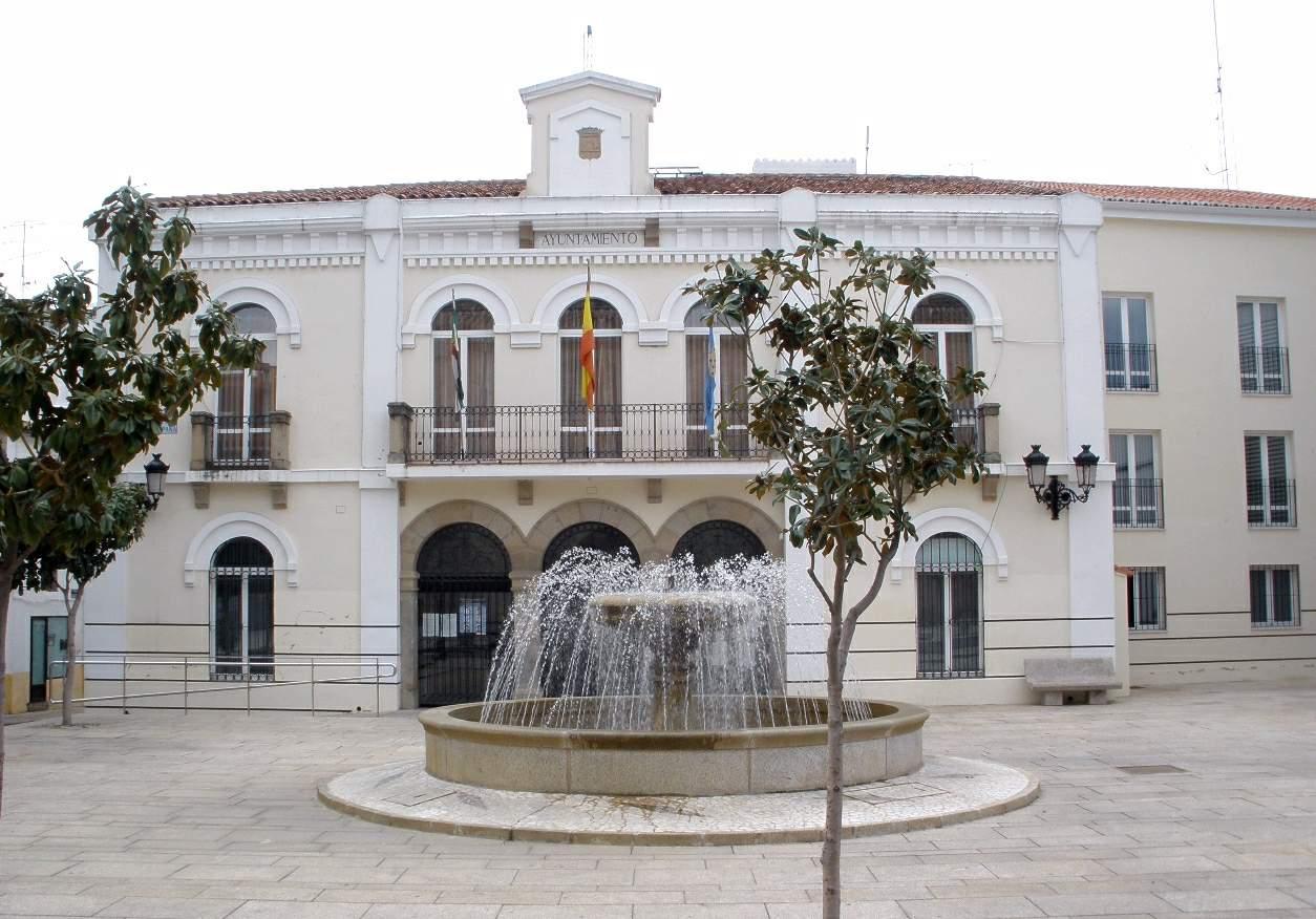 Navalmoral_de_la_Mata_-_Ayuntamiento