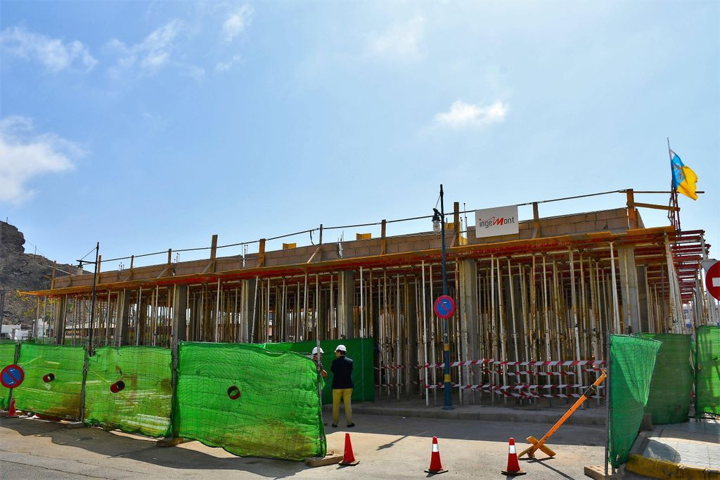 INGEMONT iniciara las obras de construccion del consultorio en Playa de Mogán tras la adjudicacion por parte del Gobierno de Canarias , los trabajos de construcción del nuevo edificio cuentan con una inversion superior a 691.000 euros.