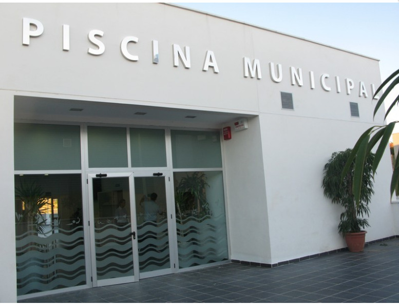 piscina-municipal-de-rota
